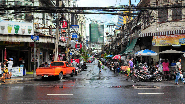 photo of a street in Bangkok