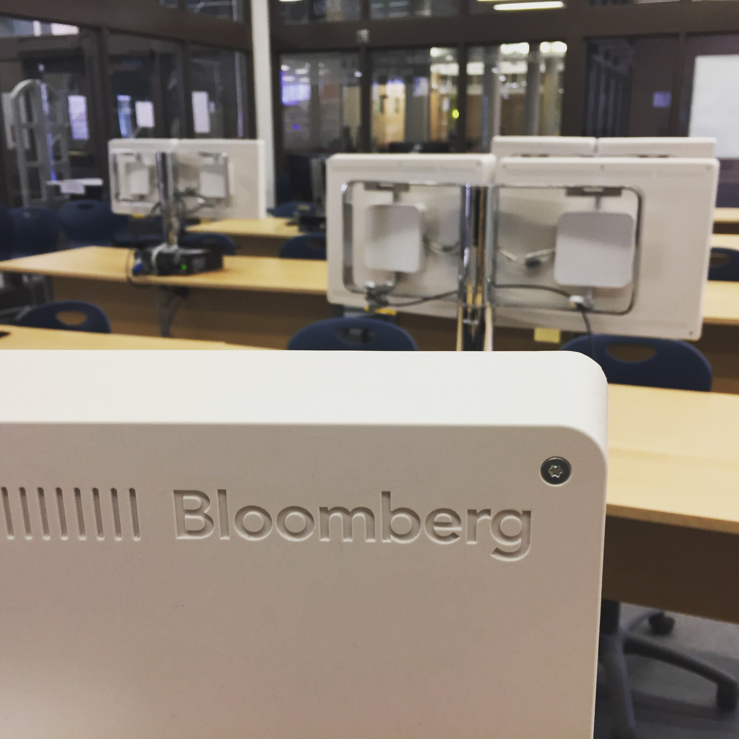 Image of Bloomberg Lab terminal from the back
