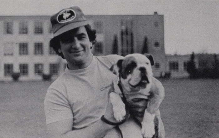 Student with bulldog, the symbol of GU, 1980