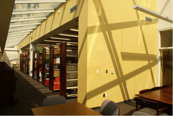 Journal shelving at the Health Sciences Library