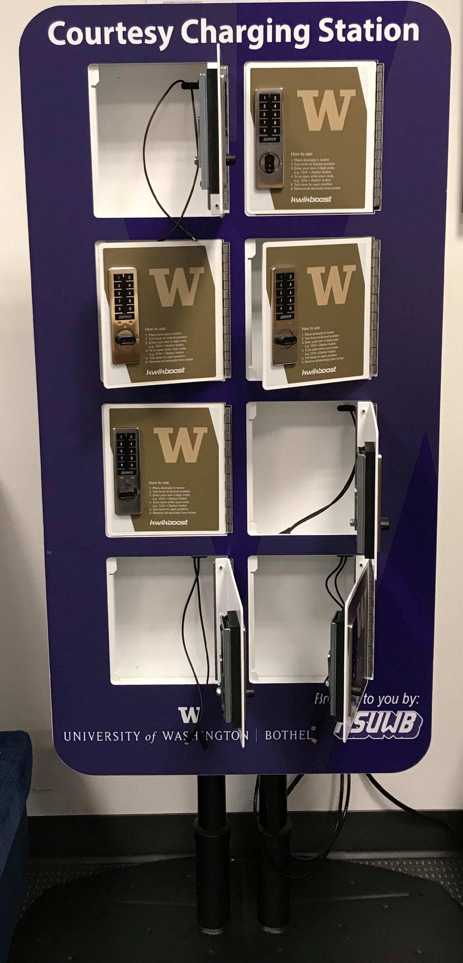 charging locker for small electronics