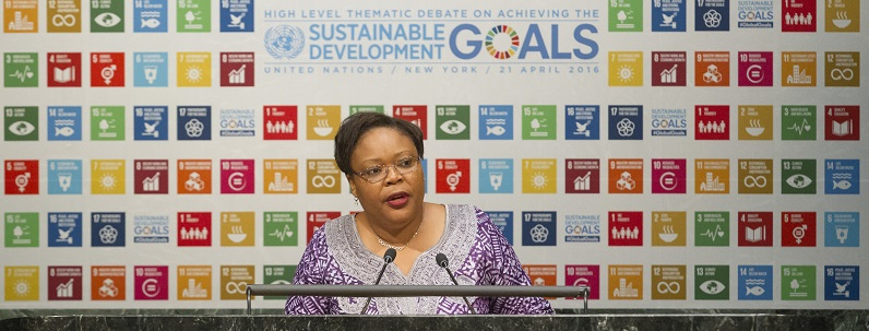 UN Photo 672450: Leymah Gbowee, Nobel Laureate and President of the Gbowee Peace Foundation Africa, addresses the General Assembly High-level Thematic Debate on Achieving the Sustainable Development Goals (SDGs). 21 April 2016