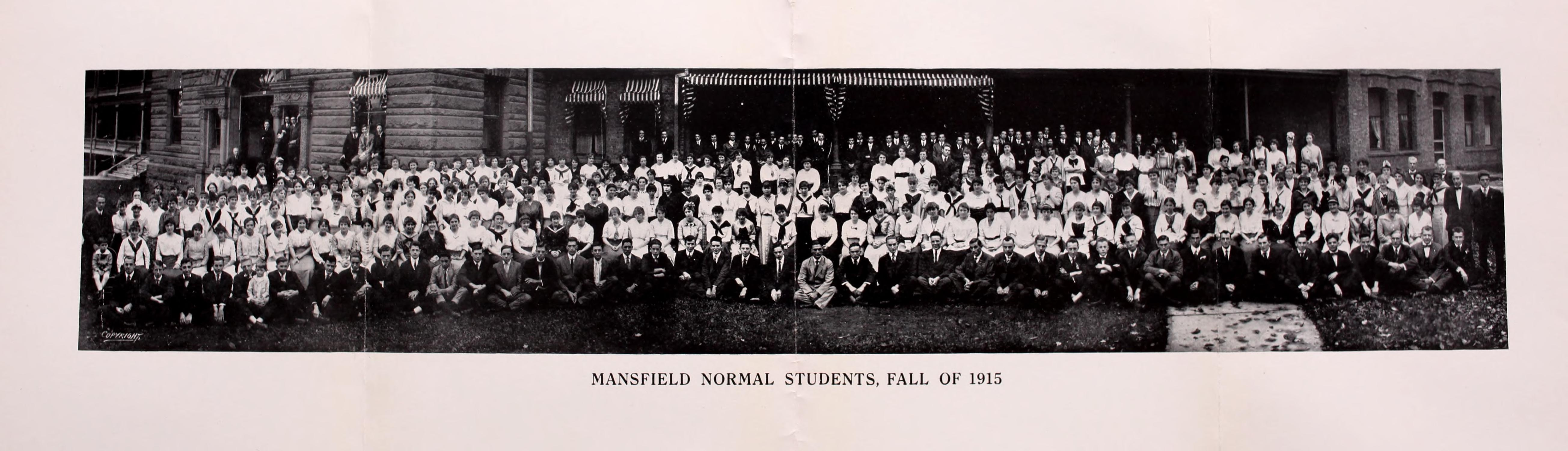 Mansfield Normal Students Fall 1915