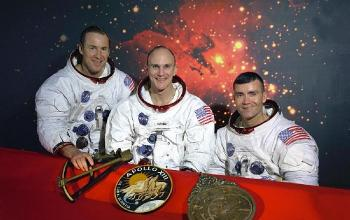3 astronauts from Apollo 13