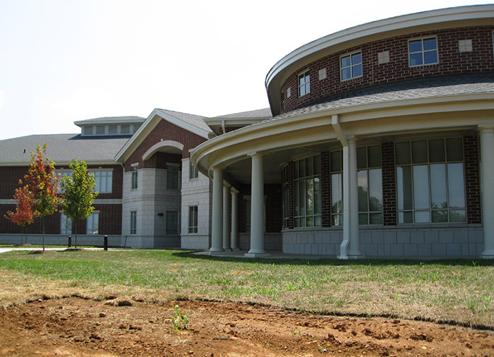 Blount Library exterior