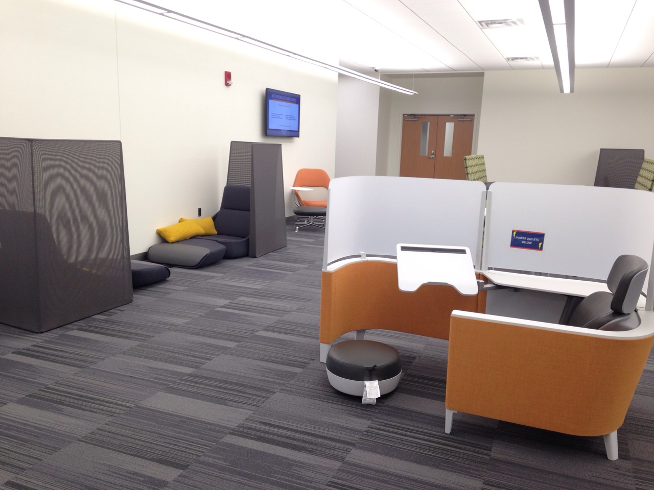 Individual study space in the Learning Commons