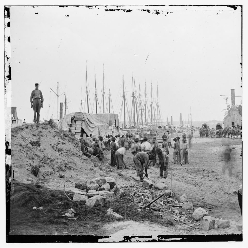 City Point, Virginia. Negroes working along the wharf