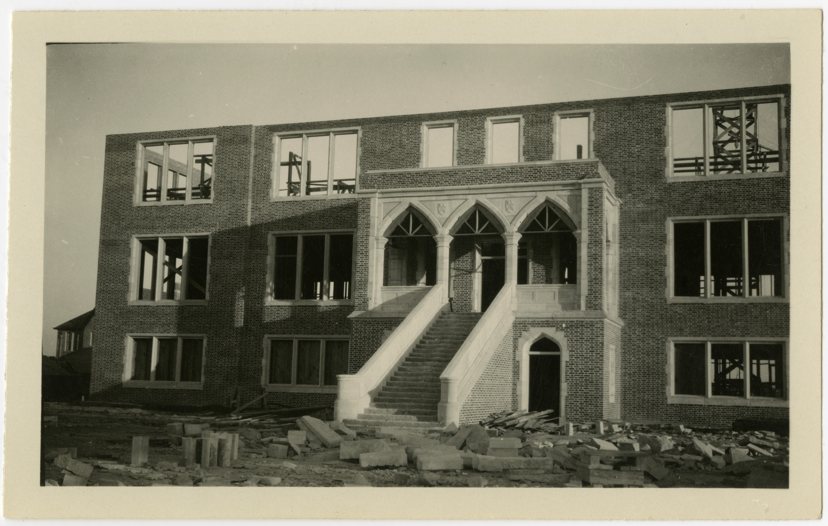 Construction of Weir Administration Building