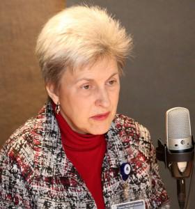 Leslie Kohman MD is interviewed for HealthLink on Air