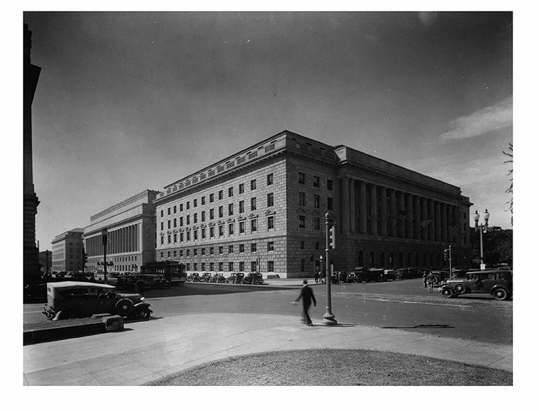1933, street view
