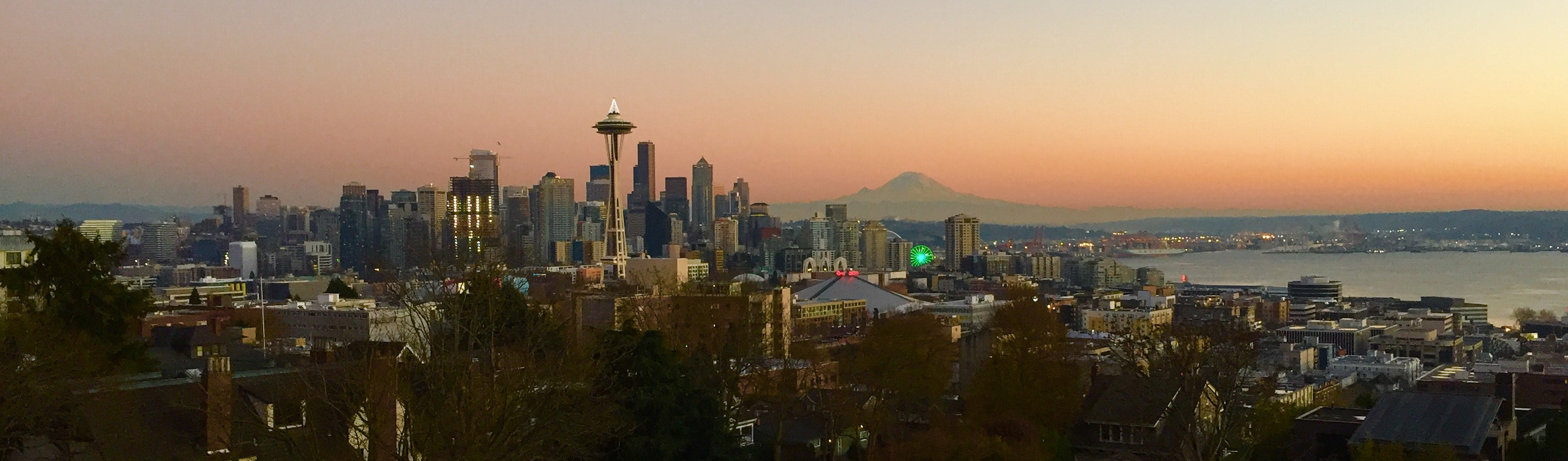 Sunrise at Kerry Park: Cynthia Strong