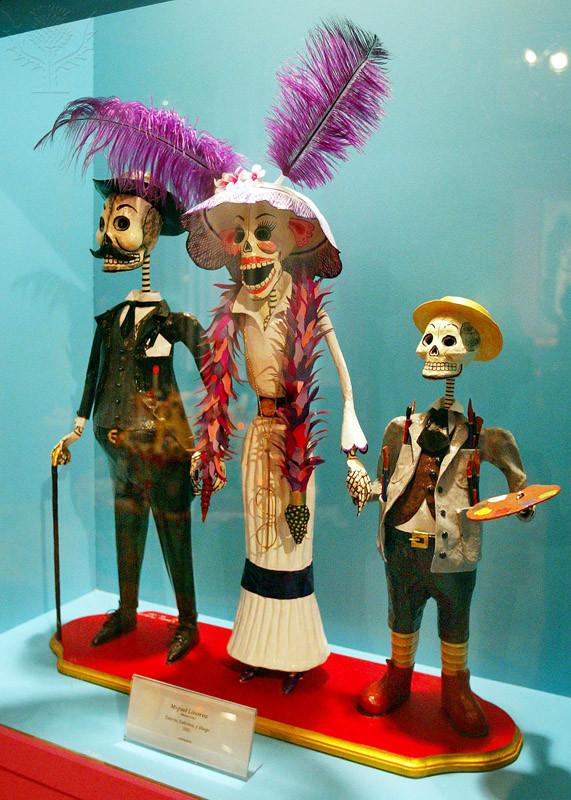 A Día de los Muertos display
