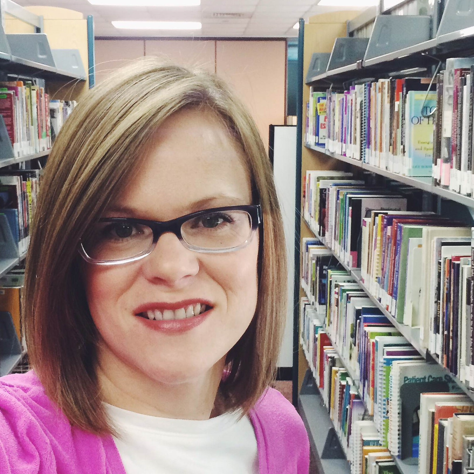 Picture of Benson Campus Librarian Stephanie Broker