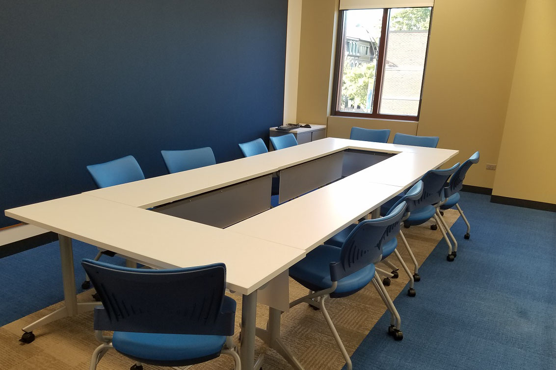Photo of conference table in Idea Lab 1.
