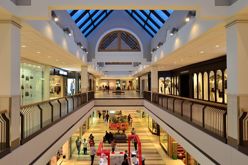 http://maxpixel.freegreatpicture.com/Shopping-Mall-Atrium-Shopping-Business-Retail-1129788
