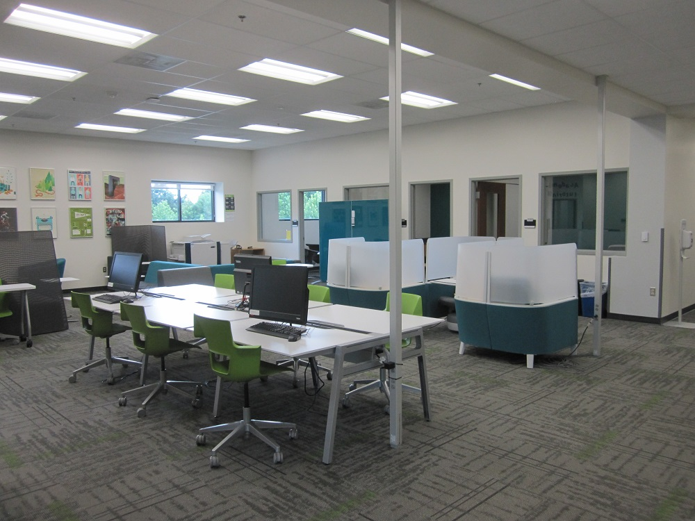 View of the Learning Commons from the main entrance