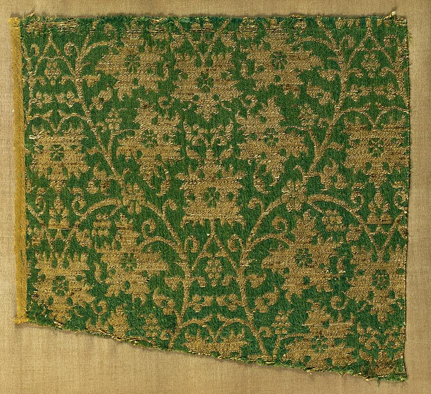 textile fragment persian 1300s