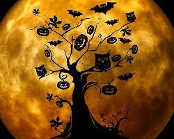 Tree with jack o'lanterns, bats, and owls