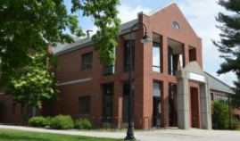 Image of the UNH Health and Wellness building.