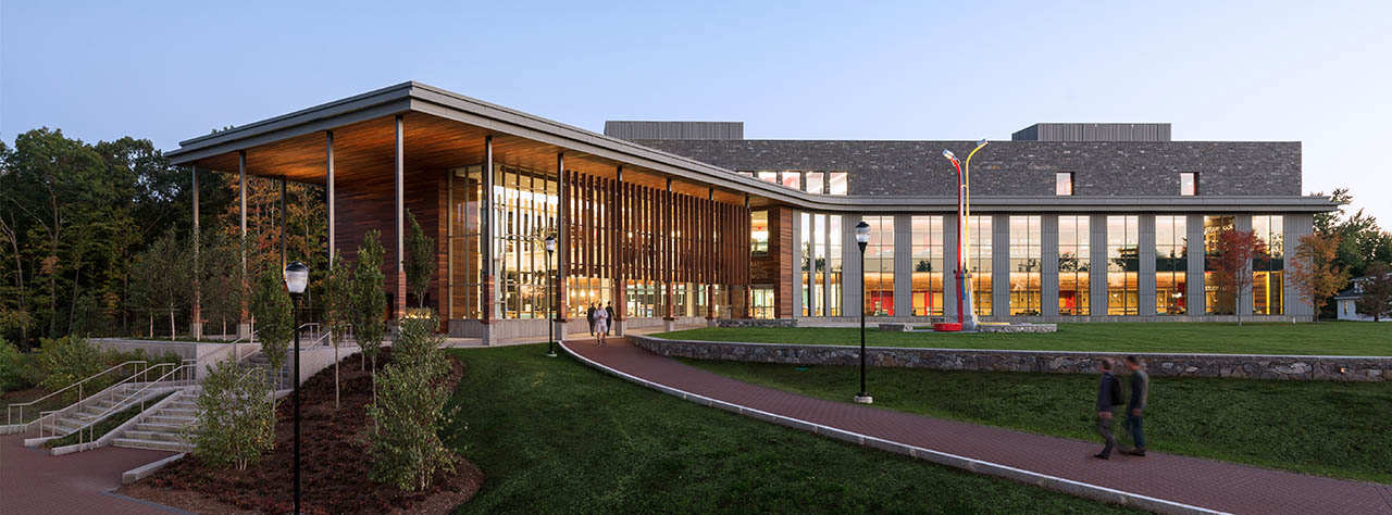 Shapiro Library building at SNHU's main campus