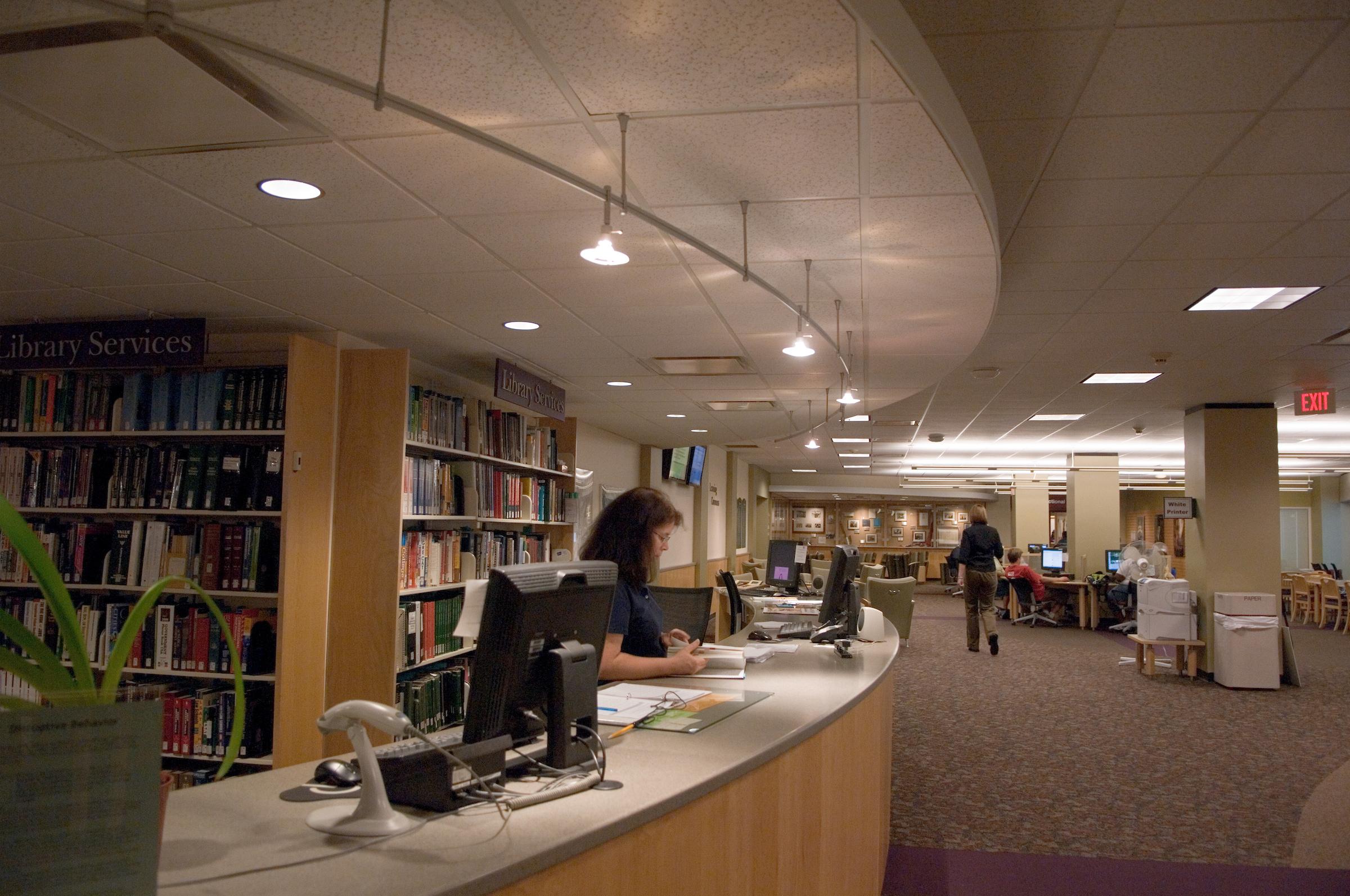 Second Floor, Desk, Alden Library