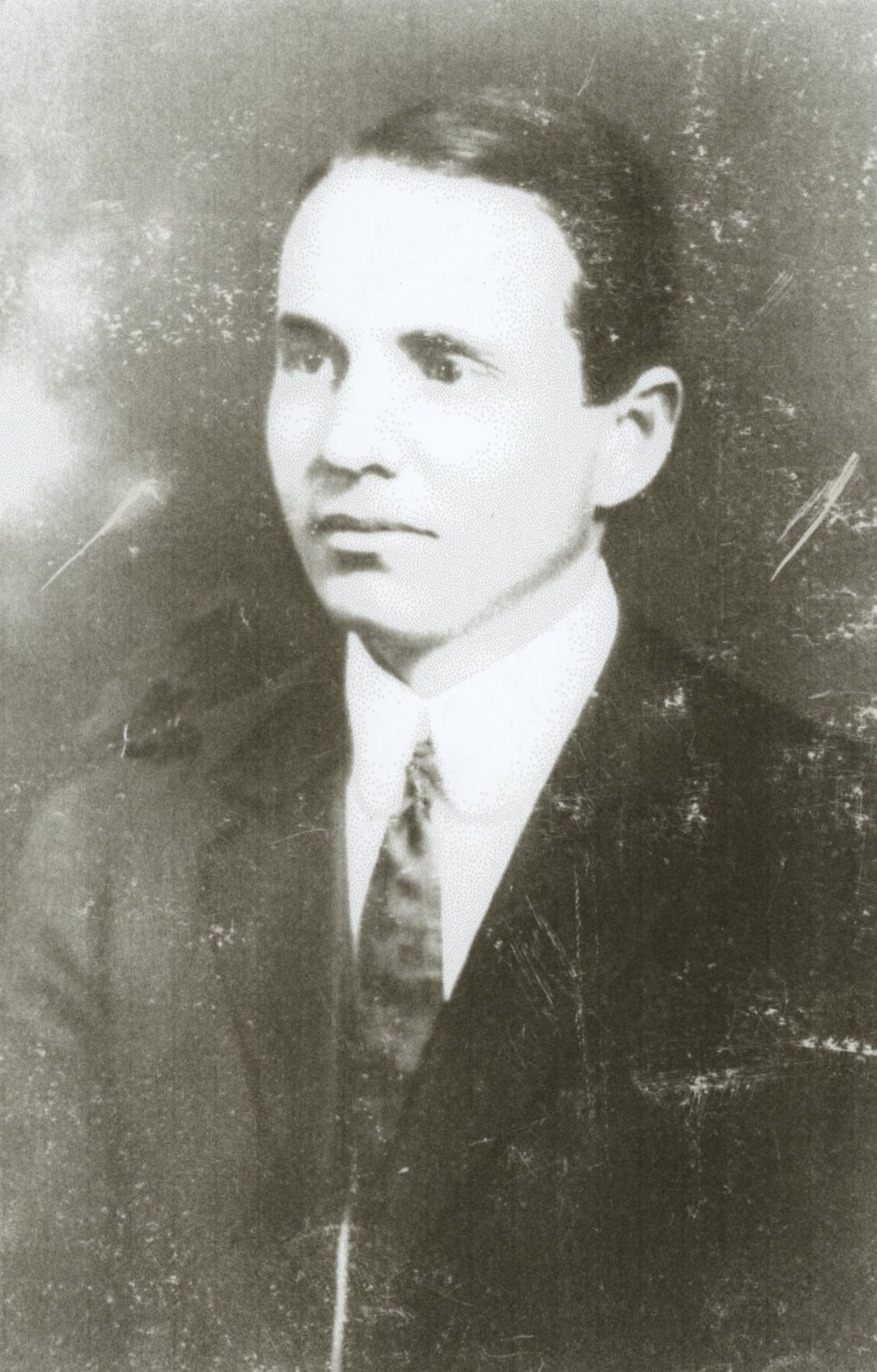 Dr. P. I. Nixon as a young man. Courtesy of Leon Valley Public Library and Grace Nixon