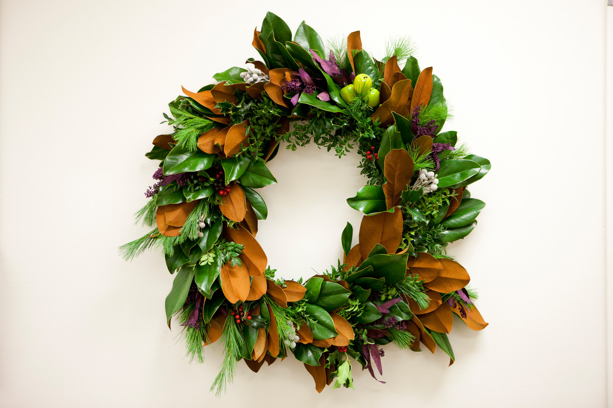Wreath created at NYBG Continuing Education; photo by Ivo Vermeulen