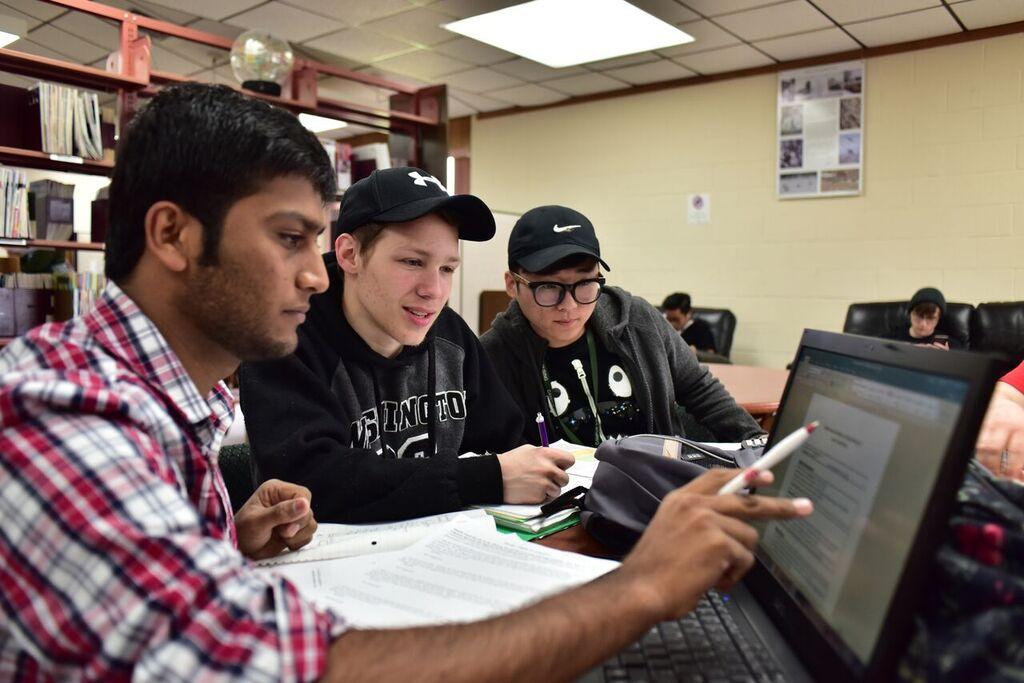 UW-Richland Students