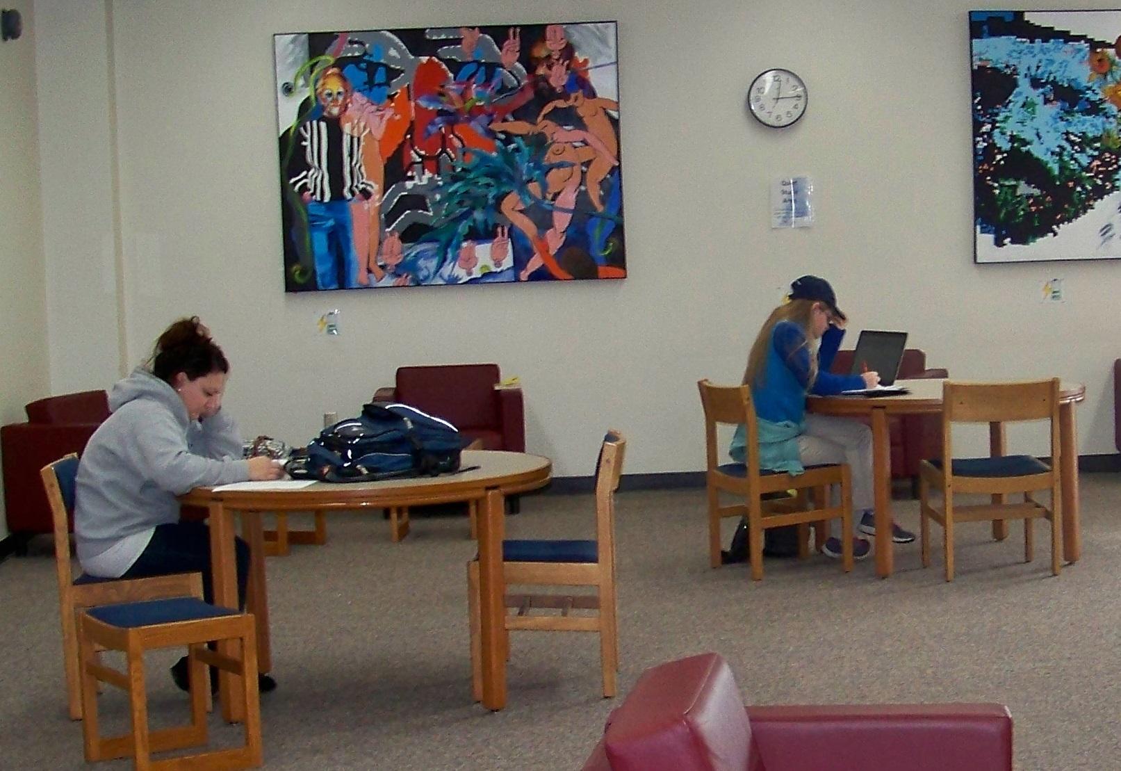 UW-Fox Valley Students