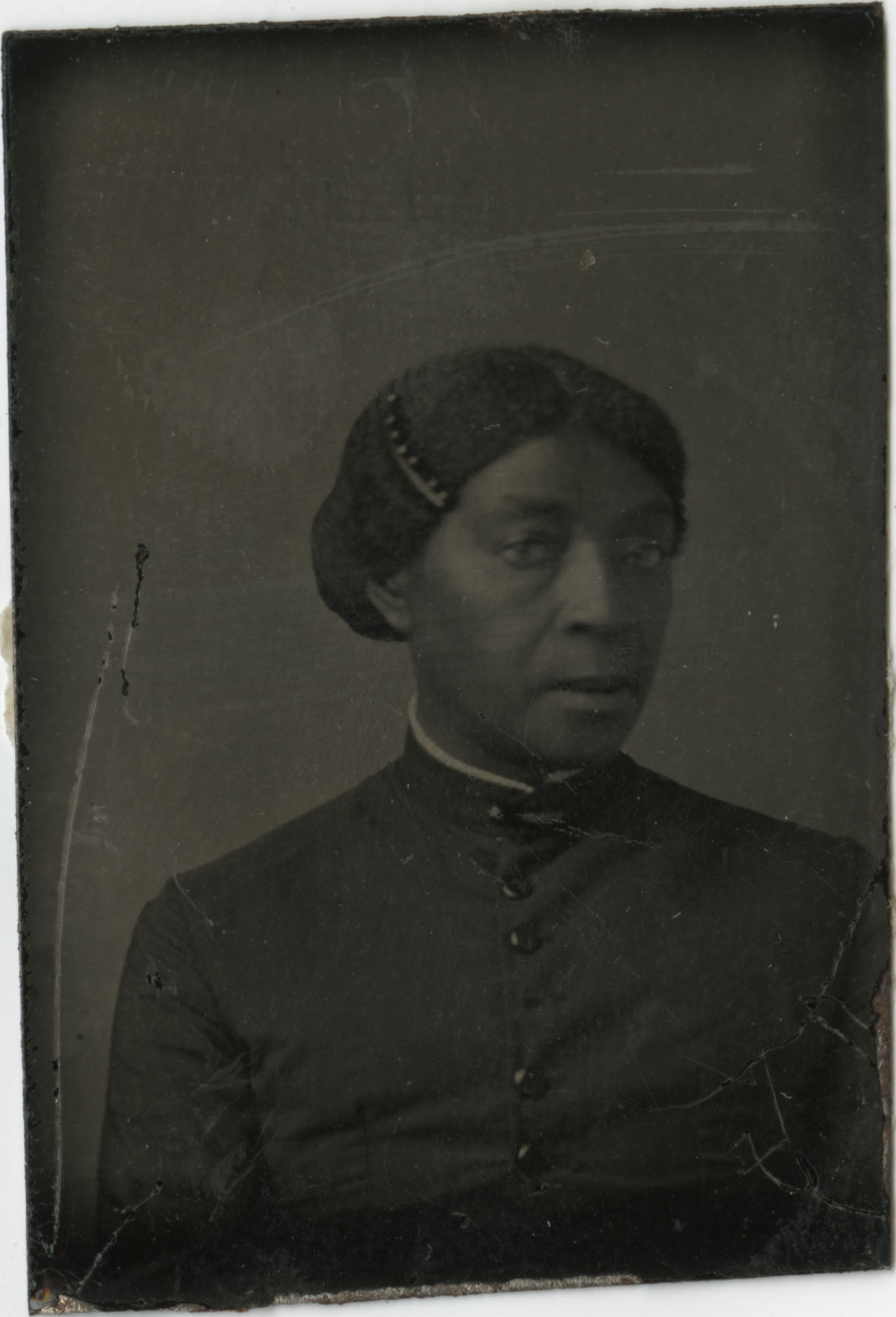 Portrait of an unidentified African American woman, possibly an enslaved woman.