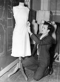 Bruce White dressmaking at Melb Tech H99.201/1675