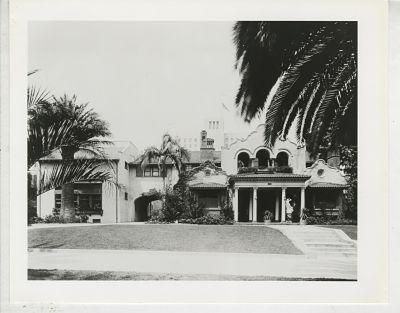 Original building on Wilshire 1910s
