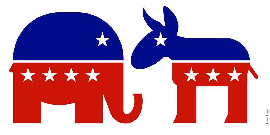 Elephant and donkey of the political parties facing each other