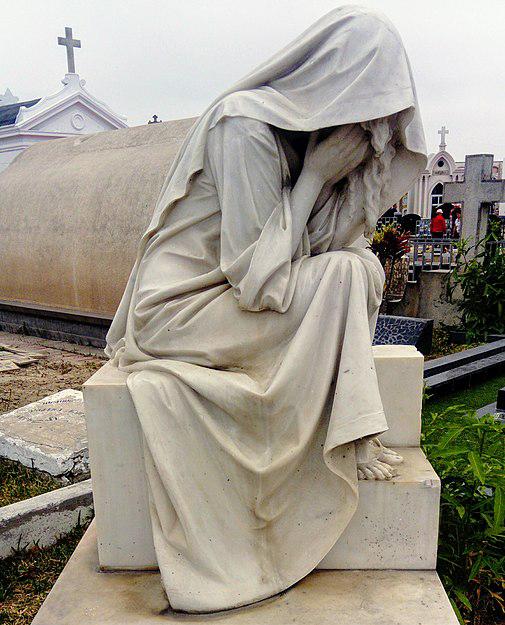 La Llorona Statue