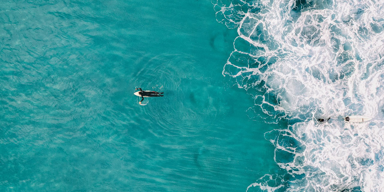 Bird's eye view of surfer