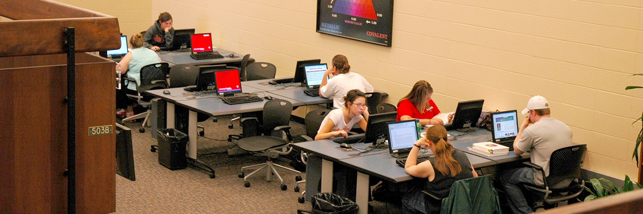 View of computers in UC's Chem-Bio Library