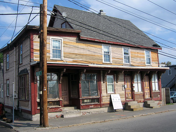 Picture of 698-702-704 Gorham Street