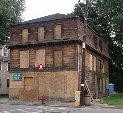 Picture of 172 Lakeview Avenue during renovation in 2003