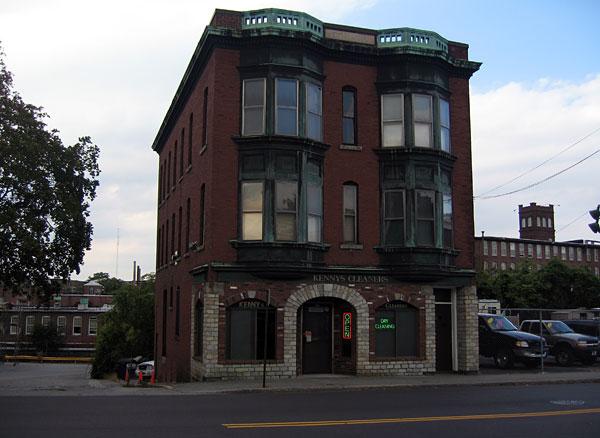 637 Middlesex Street