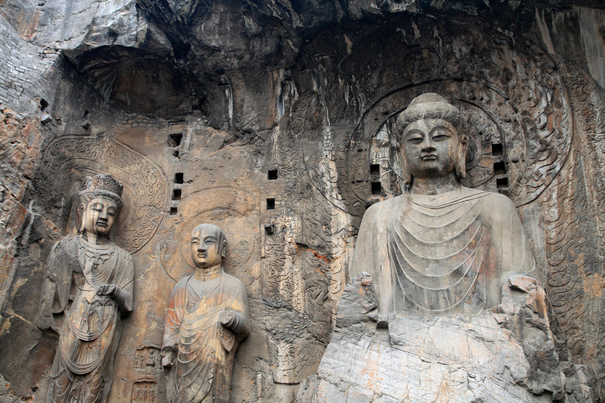 Longmen Grottoes photo