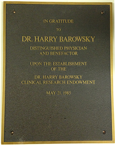 Plaque dedicated to Harry Barowsky