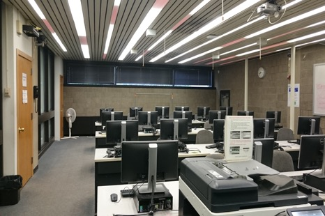 Picture of the Computer Lab in the Library