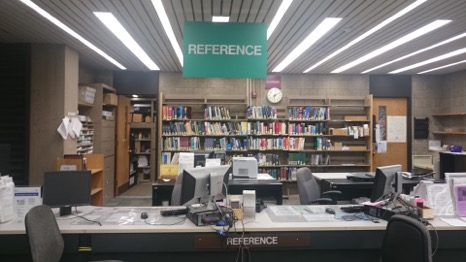 Picture of the reference desk at the Leonard Lief Library