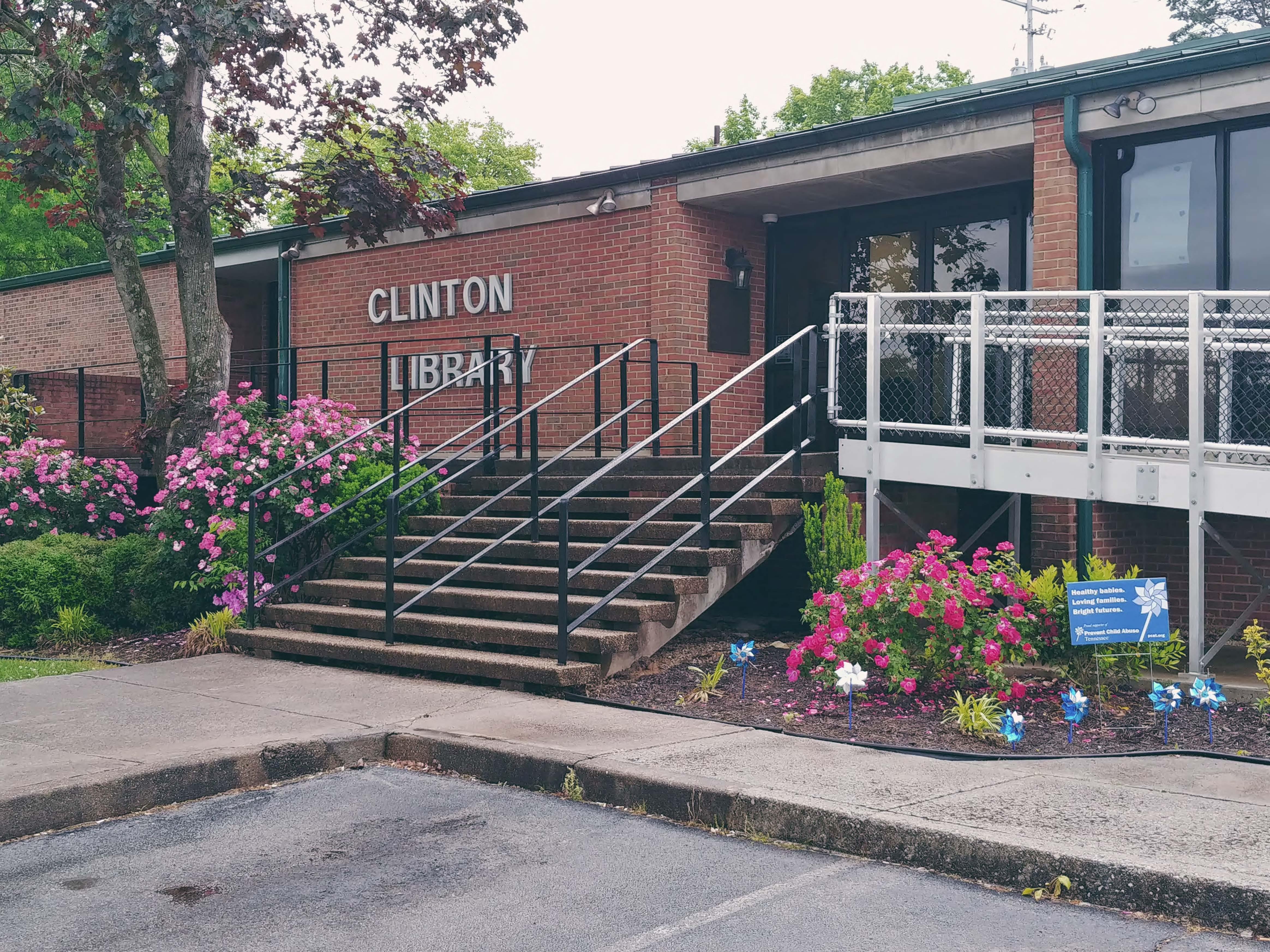 Photo of Clinton Public Library