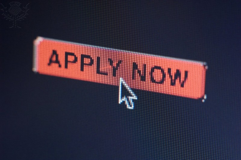 Image of an Apply Now button on a computer screen