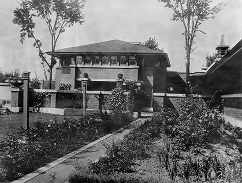 Martin House carriage house and garden, September 1, 1906