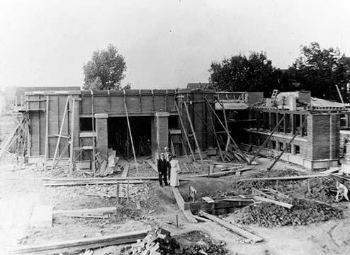 Martin House exterior under construction, September 1904