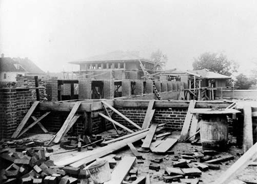 Martin House exterior under construction, October 9, 1904