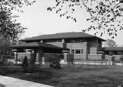 Martin House and pergola exterior viewed from Summit Avenue, 1908