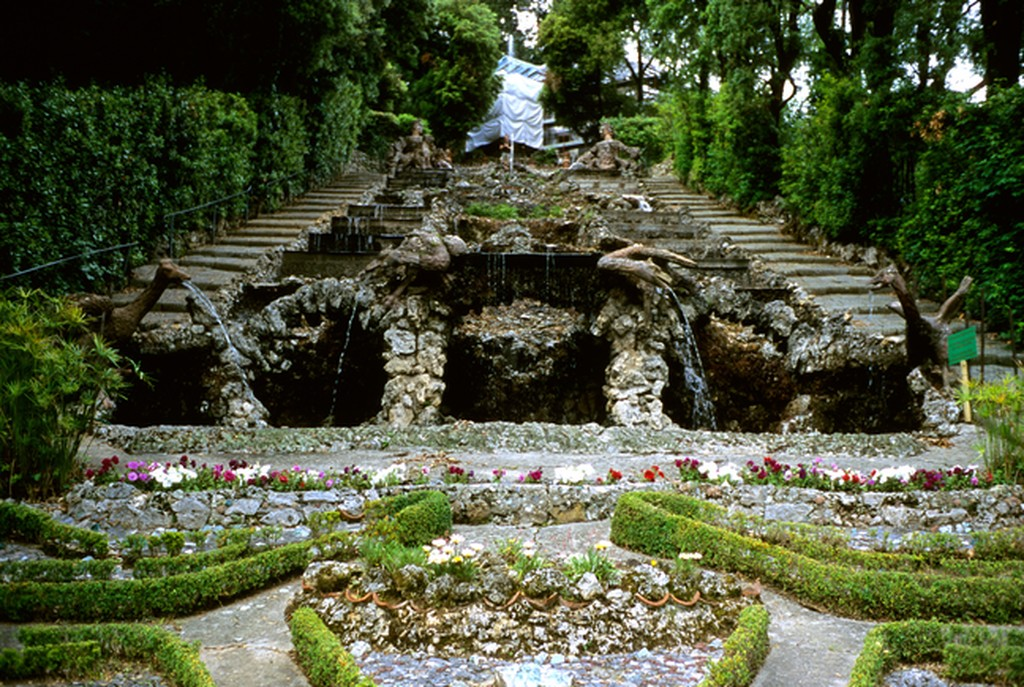 Image of the Cascade at Villa Garzoni